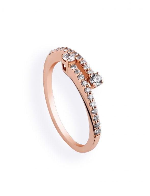 anillo diamantes y oro rosa