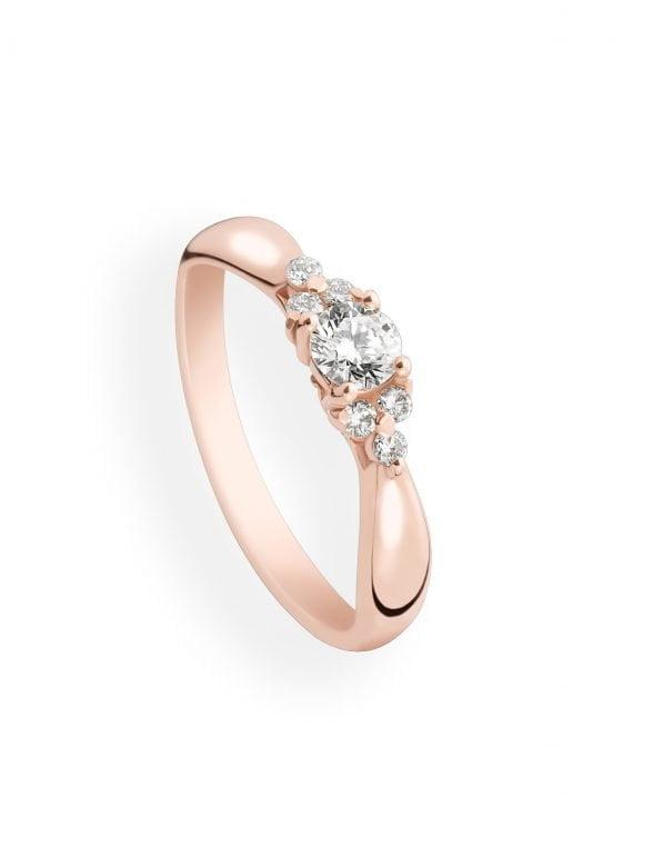 anillo oro rosa y diamantes