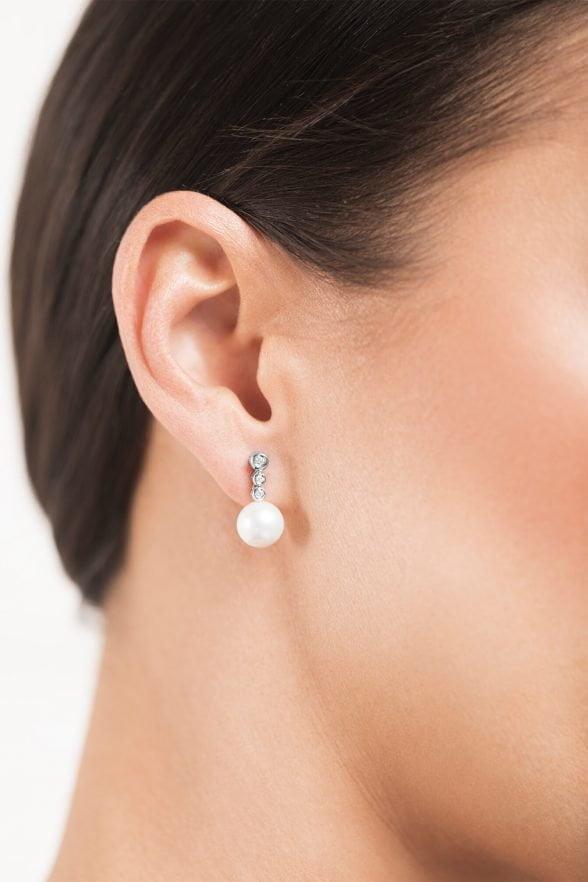 pendientes en oro blanco con brillantes y perlas